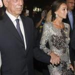 Tomada de la mano, la pareja llega a la fiesta de inauguración de la tienda estrella de la empresa española Porcelanosa en Nueva York. EFE/Miguel Rajmil